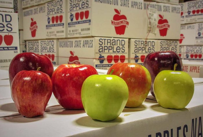 Favco Strand Apples